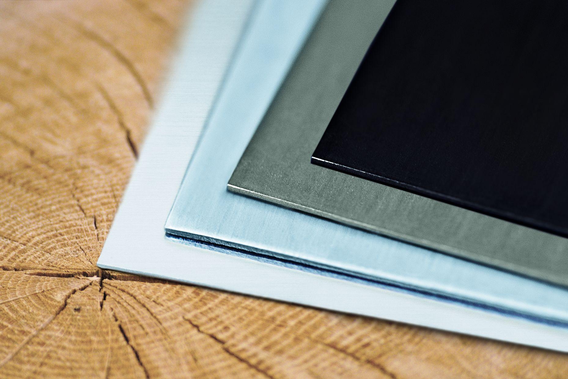 Натуральні поверхні титан-цинку для фасадів даху та водовідведення