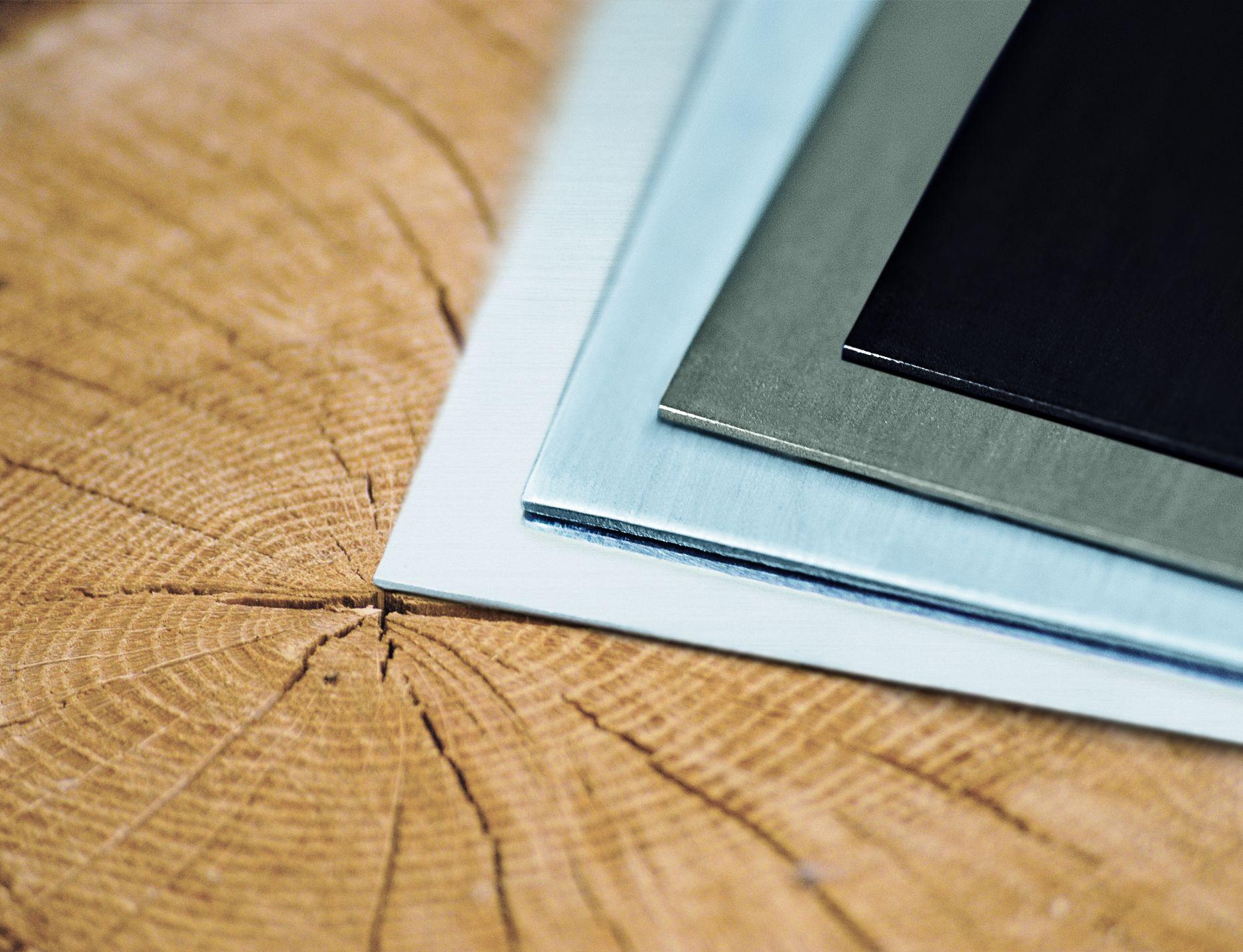 Oberflächenvarianten prePATINA, CLASSIC und artCOLOR