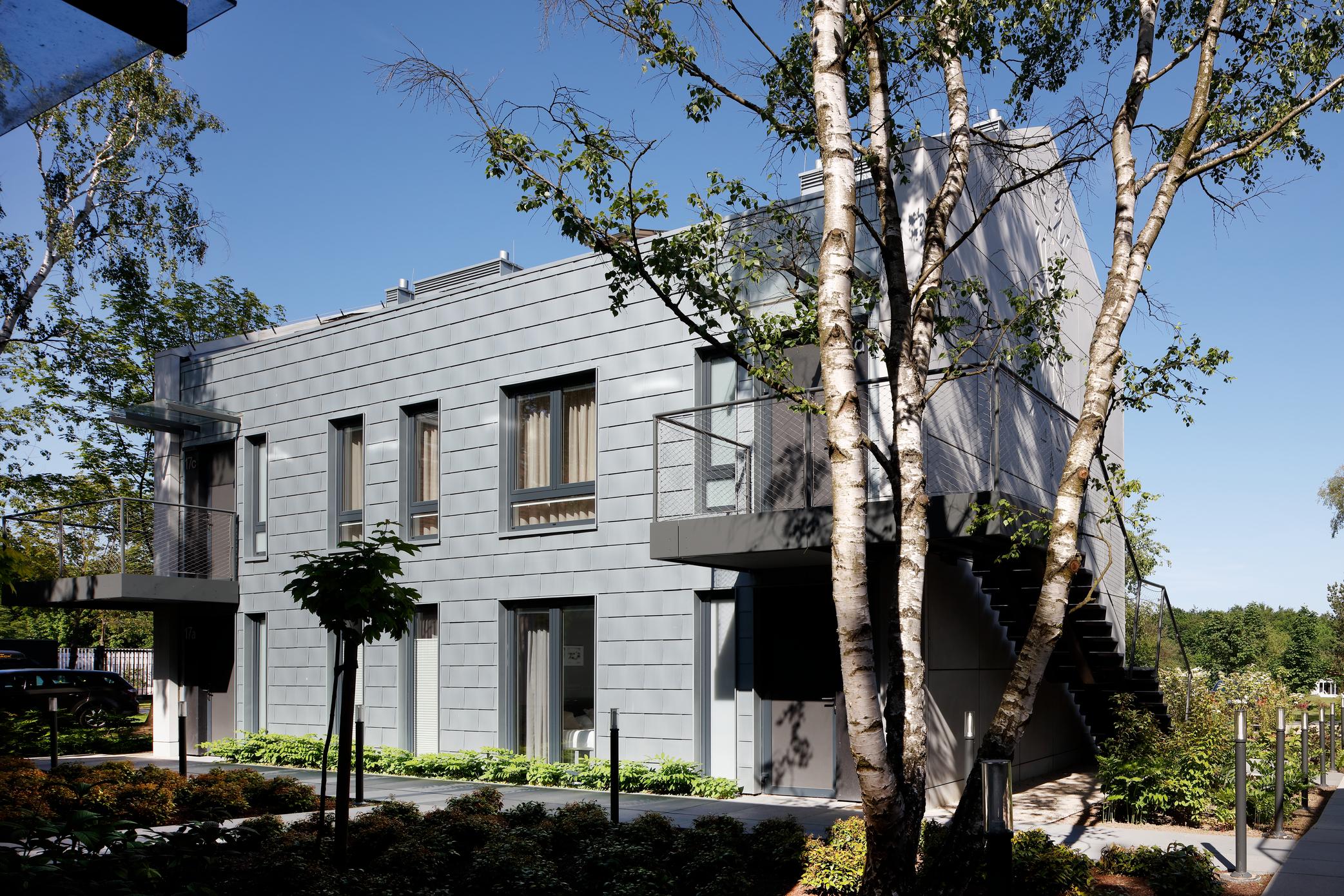 Titano-cinko RHEINZINK yra stogų dangos, fasadai ir lietaus nuvedimo sistemos
